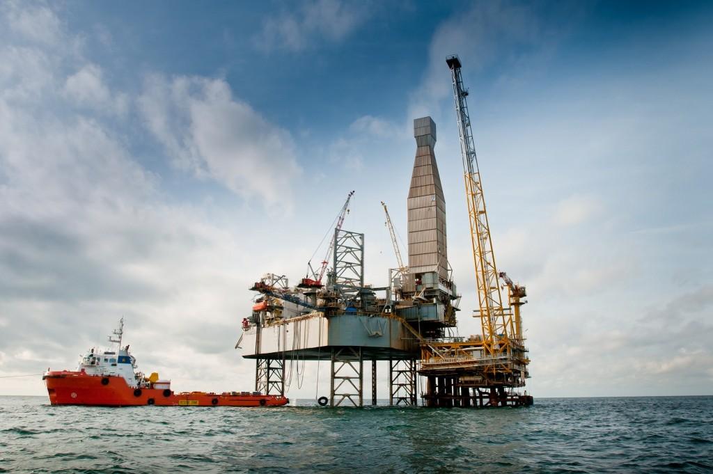 harga pasar minyak mentah komoditi forex