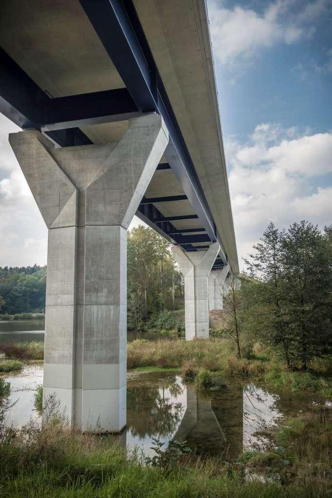 Most Václavice - pohled z boku Valbek