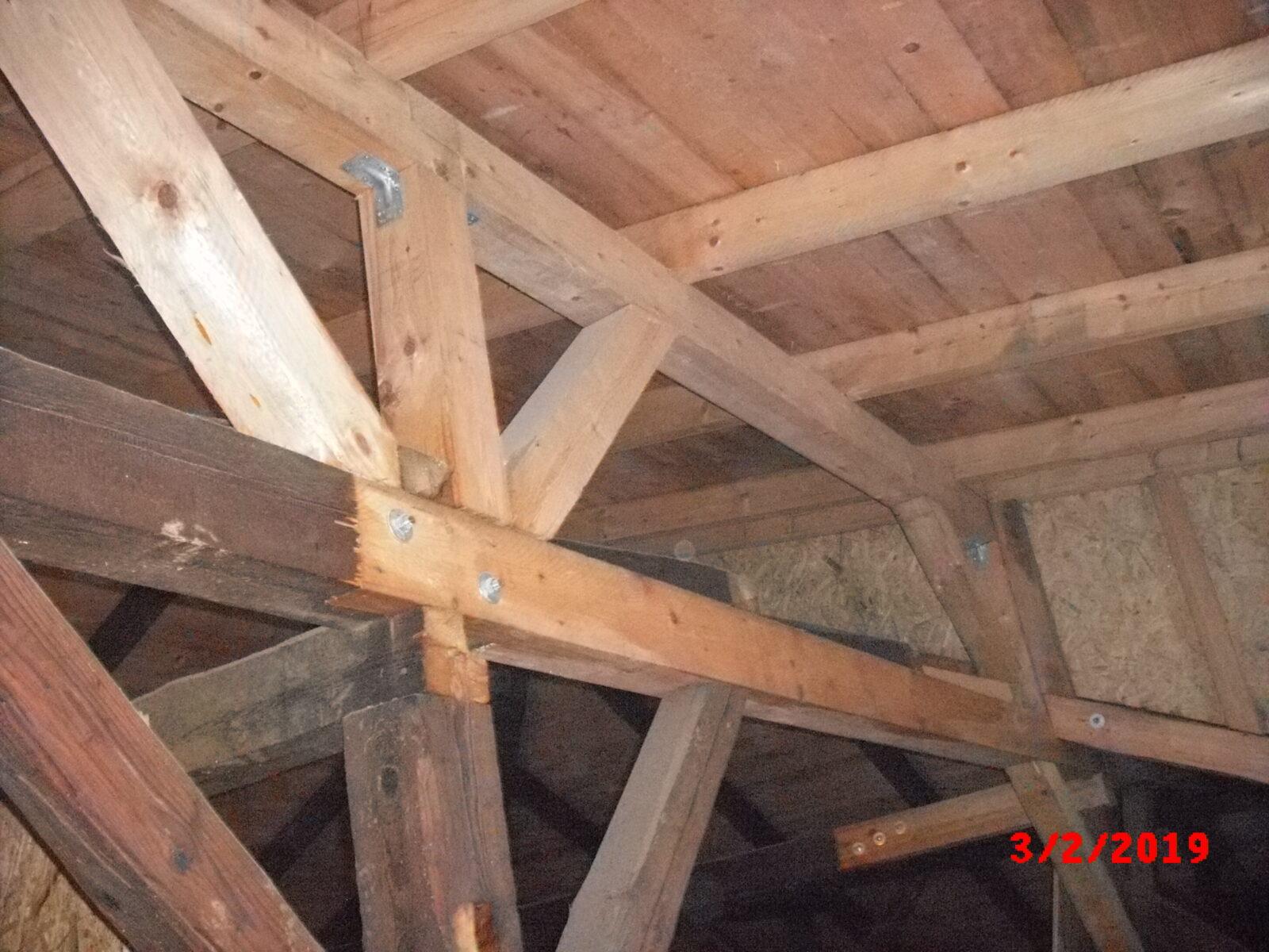 ZŠ Chrastava - Úpravy a výměna prvků krovu
