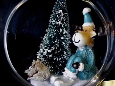 boule-verre-figurine-renne-gravure-personnalisable
