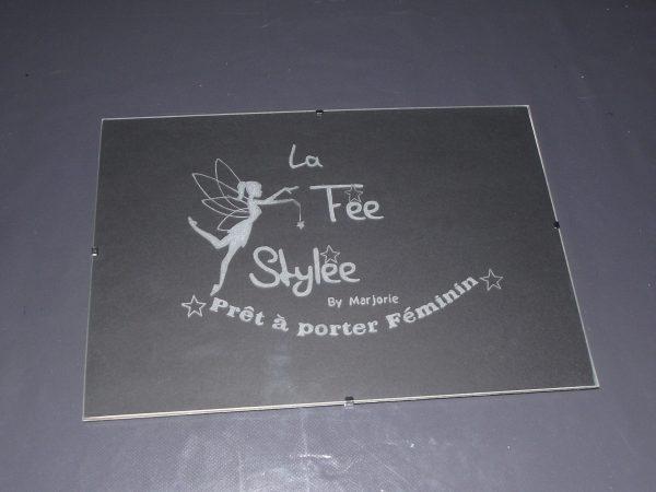 cadre-gravure-la-fee-stylee-pret-a-porter