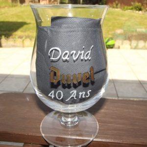 verre-duvel-bière-gravure-prénom-age-anniversaire-val-creation