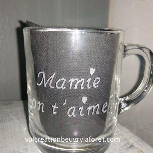 gravure-mug-verre-mamie-on-taime-coeur-beuvry-la-foret