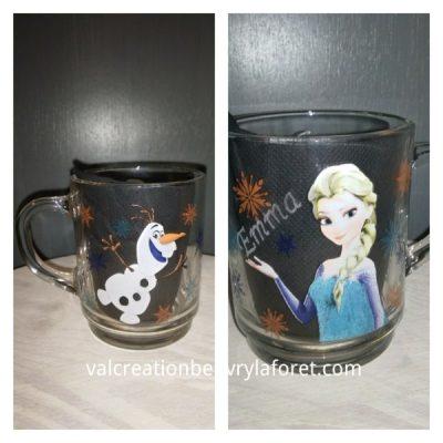 gravure-mug-enfant-reine-des-neiges-verre