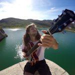 Borja Catanesi o el arte de hacer música en las calles de Valencia