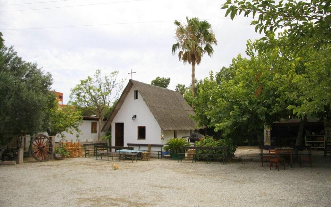 Un restaurante en una típica barraca valenciana: la Barraca Toni Montoliu