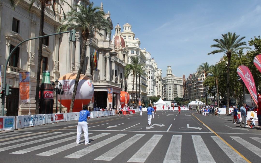 La plaza del Ayuntamiento acoge este domingo el Día de la Pilota Valenciana