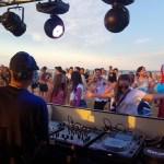 Los mejores chiringuitos para bailar en las playas de Valencia