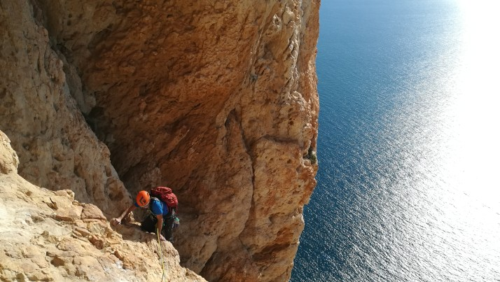 Brent climbing with us the route Diedro UBSA in Peñon d'Ifach (Calpe, 2017).