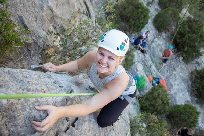 Paige climbing with us in Jerica. (Jul. 2019).