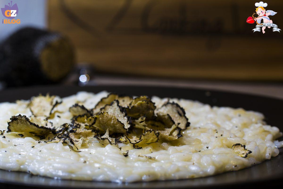 Risotto al parmigiano e tartufo nero