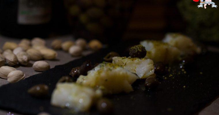 Bocconcini di baccalà olive taggiasche e pistacchio