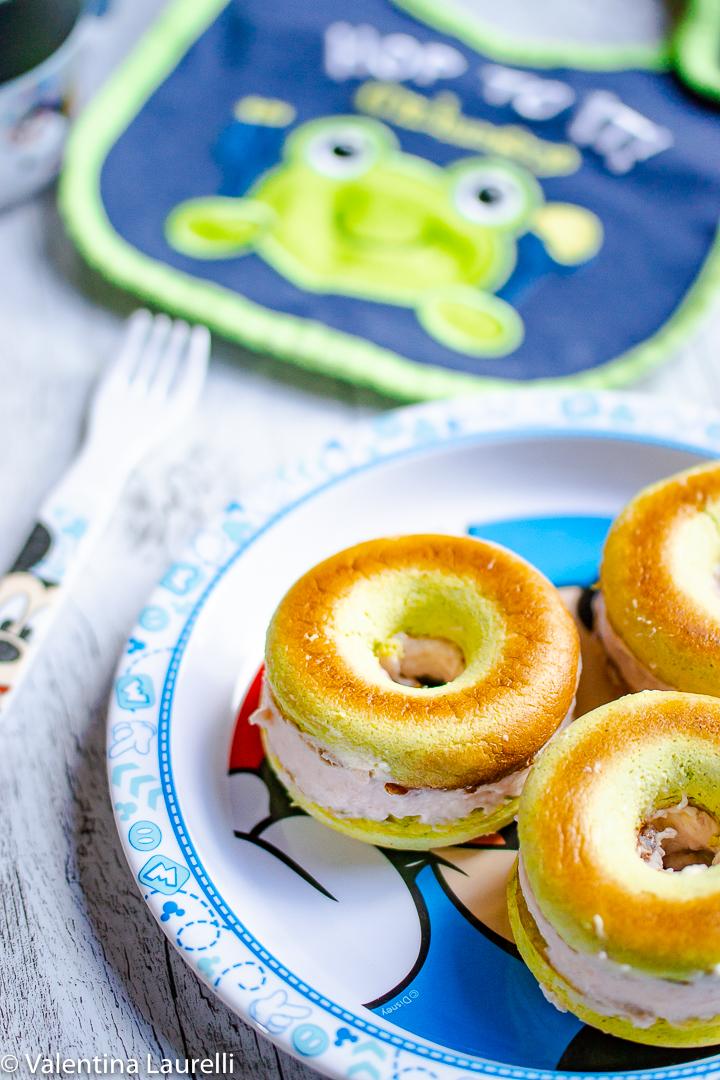 Ciambelle di zucchine e robiola con mousse al prosciutto cotto