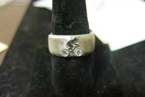 Buying Mens Wedding Rings