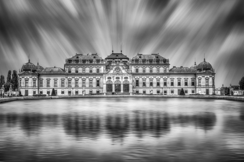 Belvedere-in-black-and-white