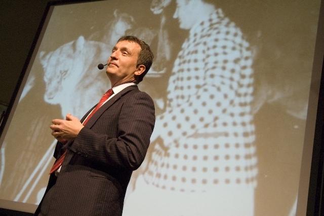 Valerio Melandri durante la plenaria di apertura 2009