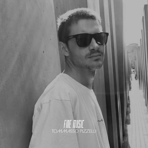 Fine Music introduces the Italian producer Tommaso Pizzelli, who makes his label debuts with Zaffiro EP. Release that came to shine with 2 gems of great musical quality.