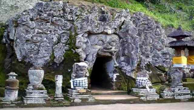 Bali, Goa Gajah Cave