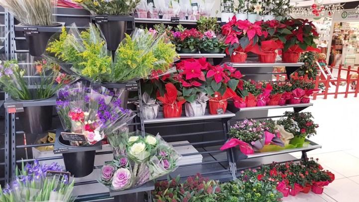 Amenagement de boutique de fleurs - Conception, fabrication, installation VALIN - Présentoirs fleurs