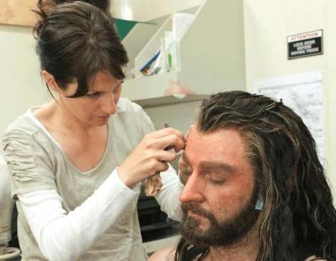 Richard Armitage sendo preparado como Thorin