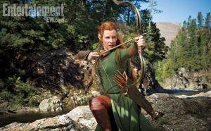 Evangeline Lilly como Tauriel, em imagem oficial de 'O Hobbit: A Desolação de Smaug'
