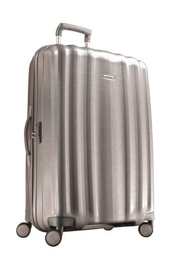 Vous recherchez une valise confortable et pratique ? La samsonite cubelite est faite pour vous.