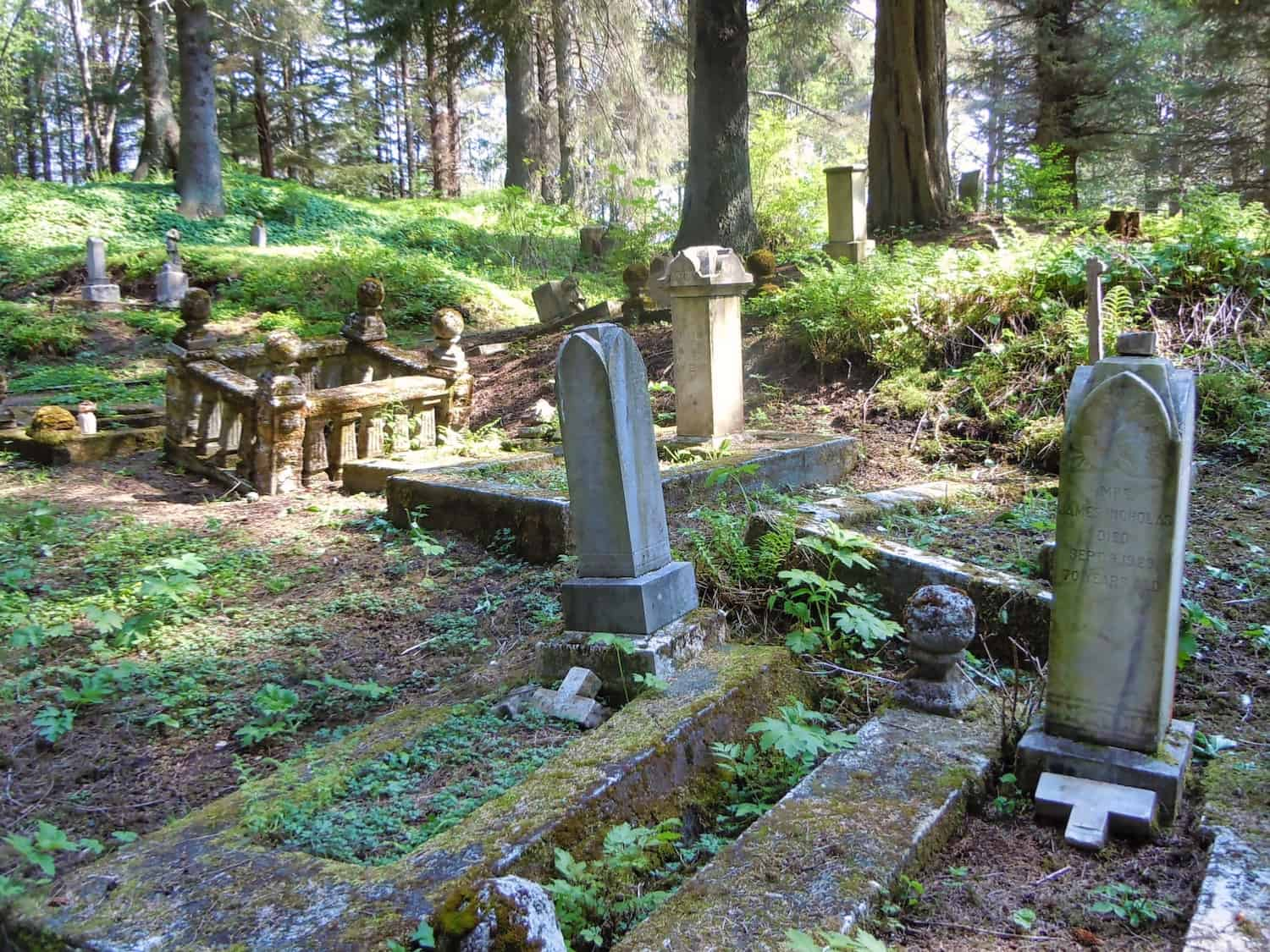 Sitka Cemetery - mrwynd via Flickr