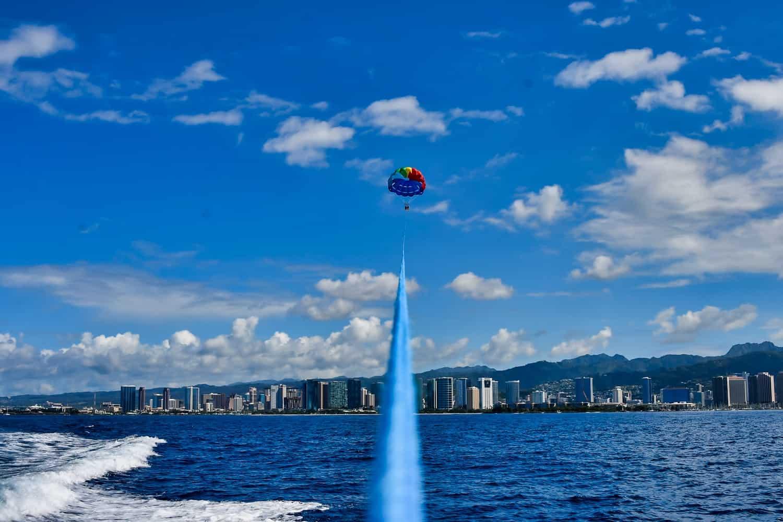 3 days on Oahu, Hawaii - Honolulu Parasailing
