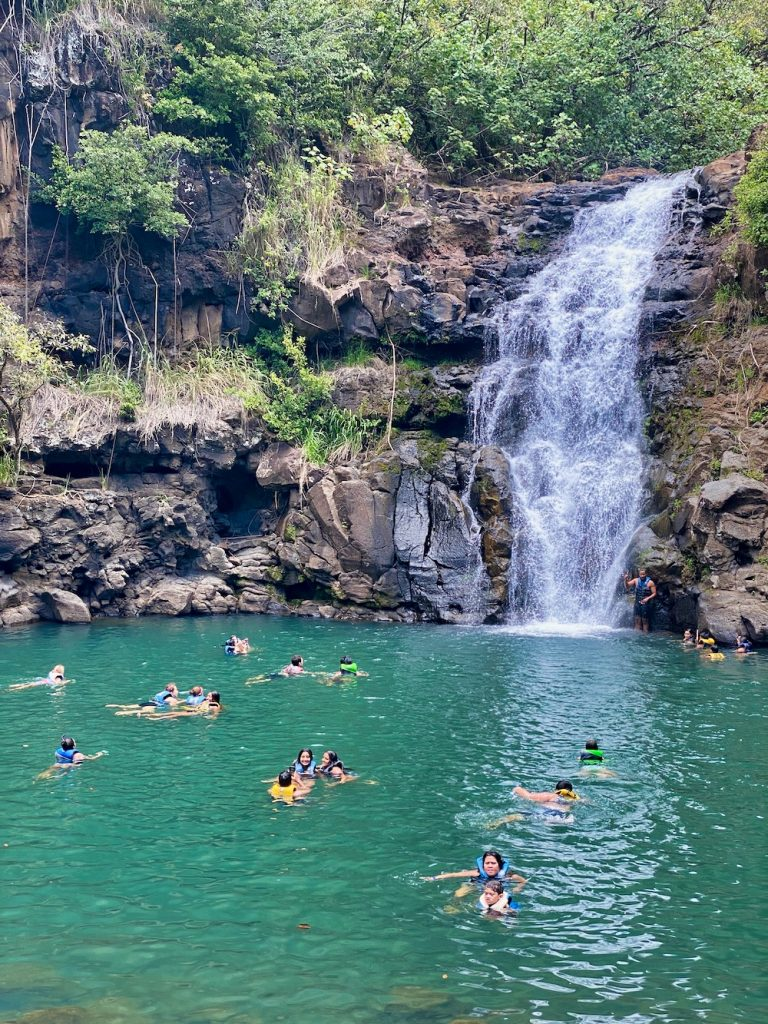 5 Day Oahu Itinerary - Waimea Valley Falls