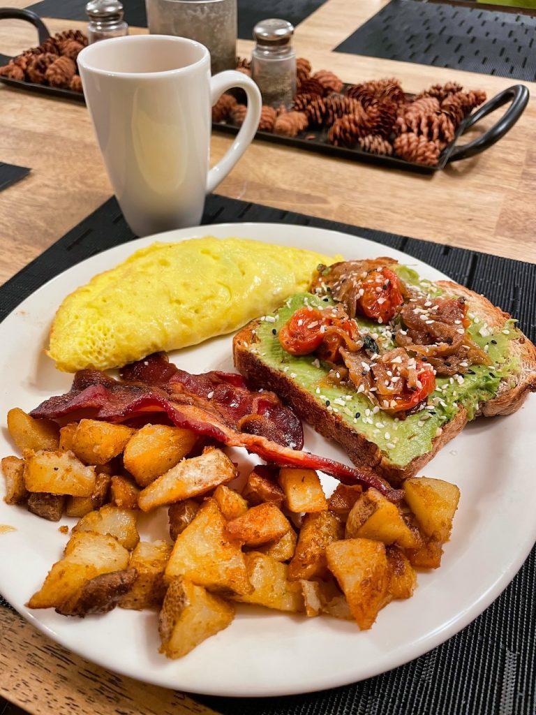 John Hall's Alaska Review - Day 5 - Breakfast