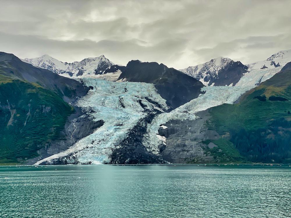 26 Glacier Cruises Review - Glacier