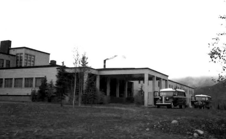 McKinley Park Hotel - Exterior (1939)