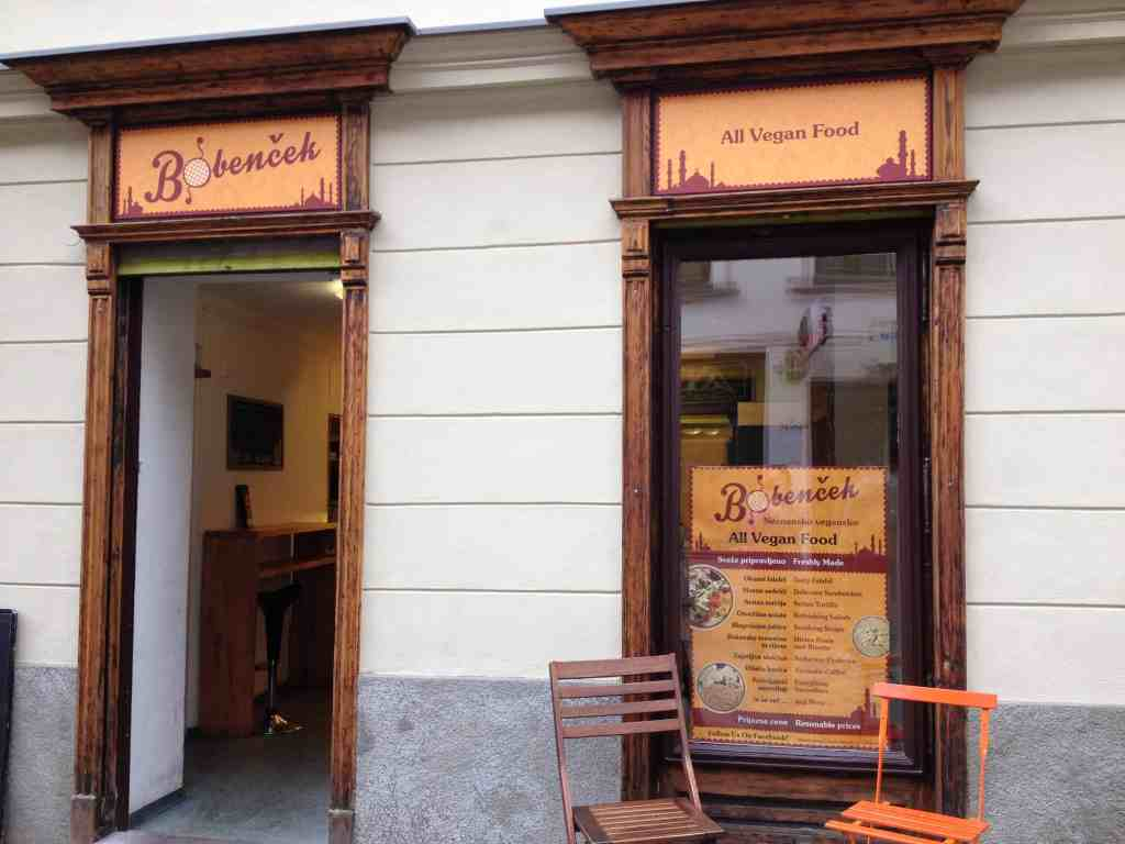 Bobenček, located on Trubarjeva cesta, my favourite area of town, passed the hanging shoes