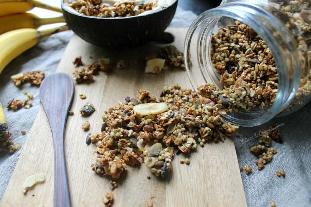 A healthier vegan chunky monkey granola!