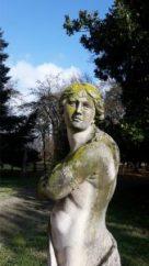 villa-zarri-statua