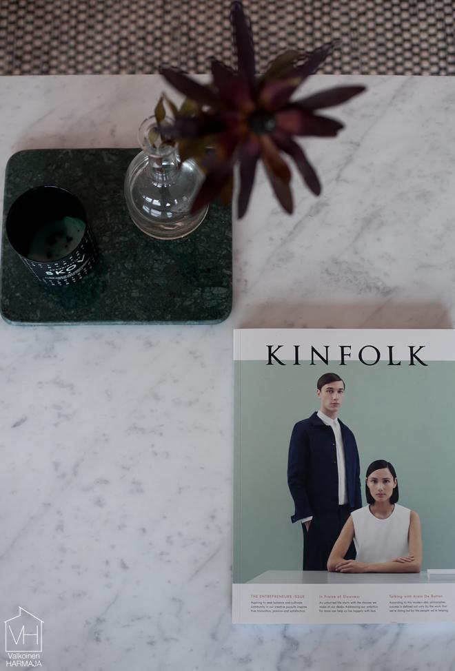 kinfolk_olohuoneessa