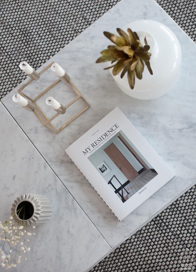 residence_coffeetable