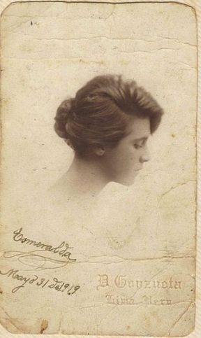 Serafinaquinteras seud. de esmeralda gonzales mama de bv foto de Diego Goyzueta 1919