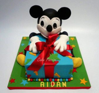 CB170 Mickey Mouse Cake