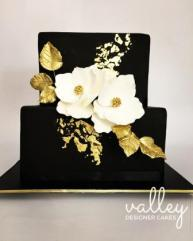 E1005 - Black and Gold