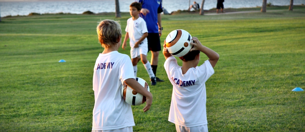 11-12 Year Old: Soccer Foundations Clinic Starting November 18, 2013