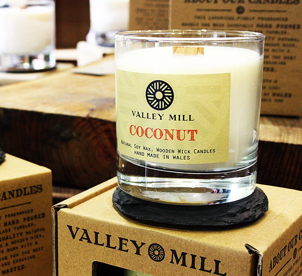 Soy Wax Wooden Wick Candle