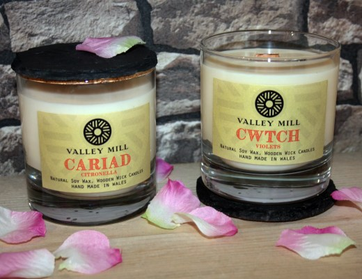 Valley Mill Valentine's day Cwtch & Cariad soy wax candles