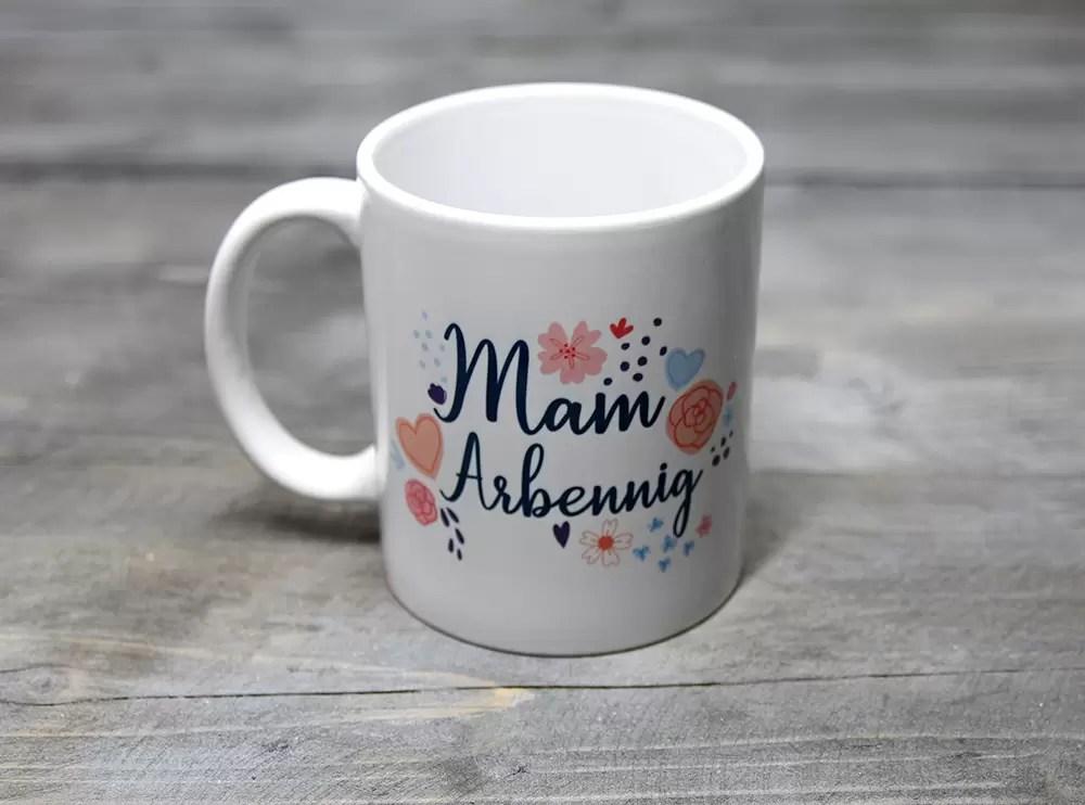Mam Arbennig mug