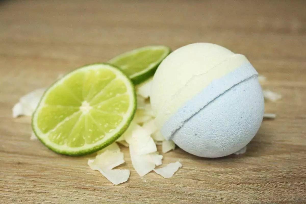 Mini Handmade Coconut & Lime Bath Bomb