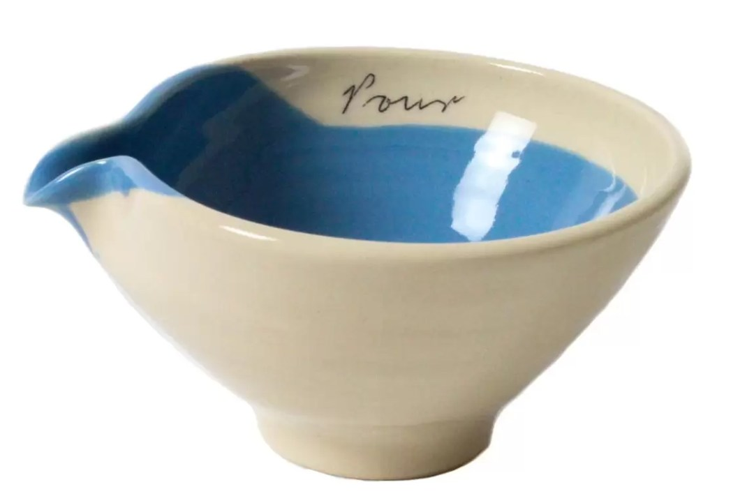 Ceramics from Alice Funge. This practical pour bowl is perfect for recipe and cooking prep.