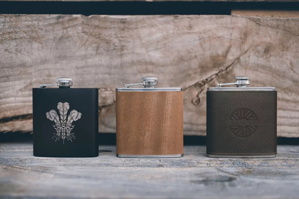 We stock a range of personalised hip flasks which can be given as gifts to groomsmen, Father of the Bride and more.