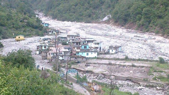 Beautiful village Pulna is all destroyed in floods. This village belongs to hotel owners in Ghangaria. Even Bhyundar is also swept away.