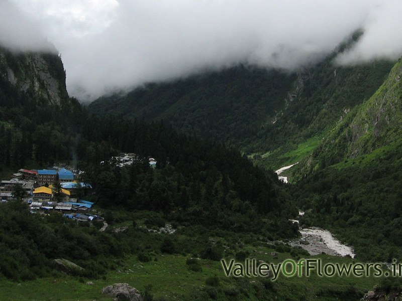 Ghangaria Village the base camp for valley of flowers trek