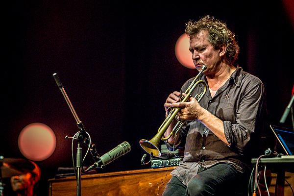Nils Petter Molværin trumpetissa oli tuttu, kaunis soundi. Ympäröivä yhtye ei tällä kertaa innostanut.